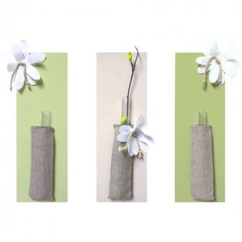 3 wazoniki na pojedynczy kwiat Paula, Bruit de Cadre