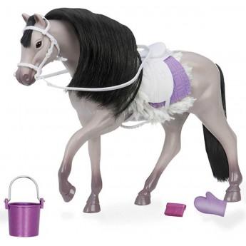 Szary koń andaluzyjski z akcesoriami do pielęgnacji, Lori