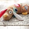 Sigikid pies edukacyjny zabawka dla niemowląt - na dywanie