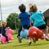 Skoczek gumowy Biała Krowa dla dzieci od 12mc Happy Hopperz