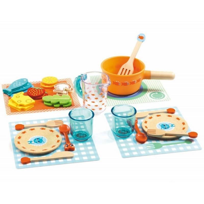 Djeco Zestaw obiadowy Kotki do zabawy od 18mc drewniany