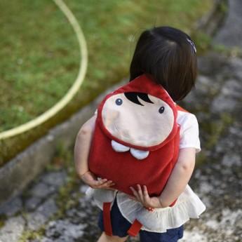 Plecak pluszowy Czerwony Kapturek dla dzieci od 12mc, Ebulobo