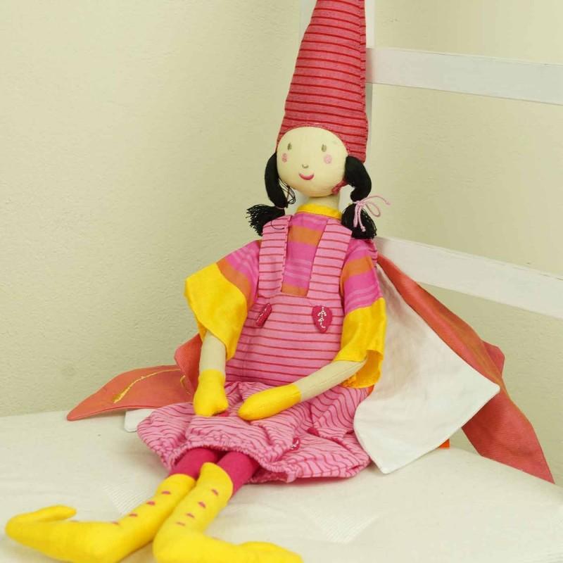 Lalka haftowana Wróżka czerwona szmaciana lalka dla dzieci