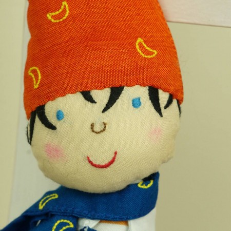 Lalka haftowana Elf granatowo-czerwony lalka dla dzieci